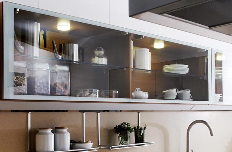 Vitrinas de cristal en la cocina