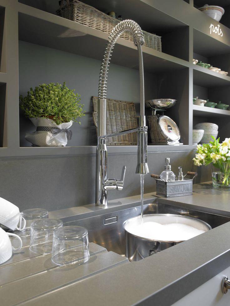 C mo elegir un grifo de cocina estudio cocinas dc - Grifos de cocina de pared ...