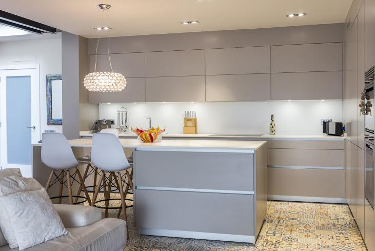 Detalles para multiplicar la luz en las cocinas