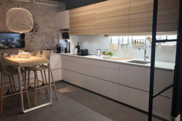 Cocina Santos Plataforma D en blanco y madera