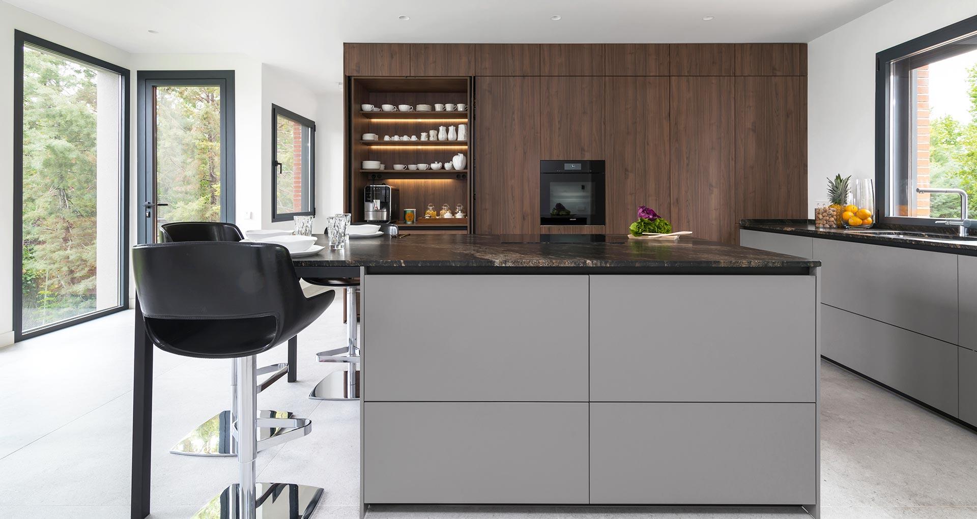 cocina-moderna-santos-gris-madera