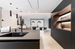 Cocina de diseño negra