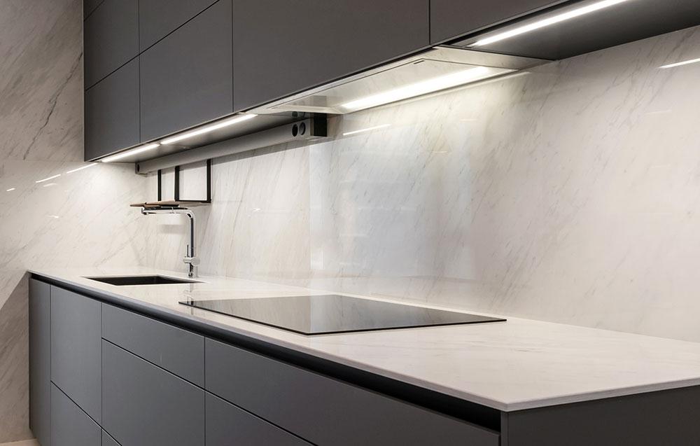 cocina-gris-superficie-trabajo
