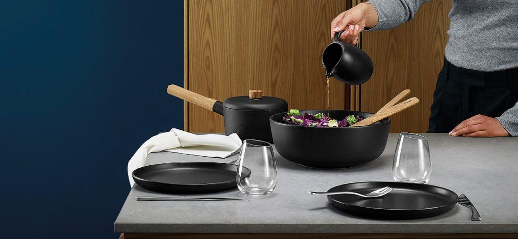 Vajilla cocina en color negro